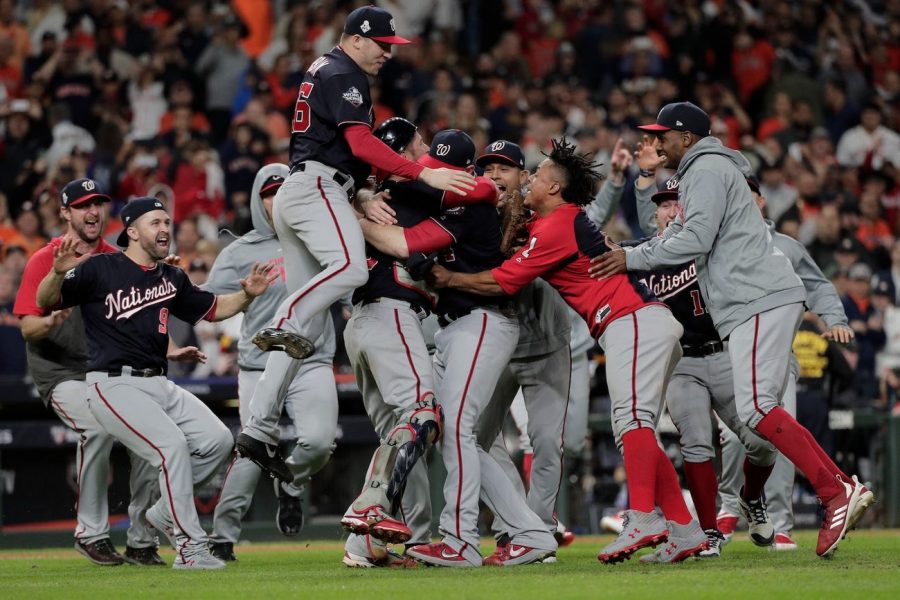 Nationals+celebrate+World+Series+win+with+dog+pile+in+Houston.