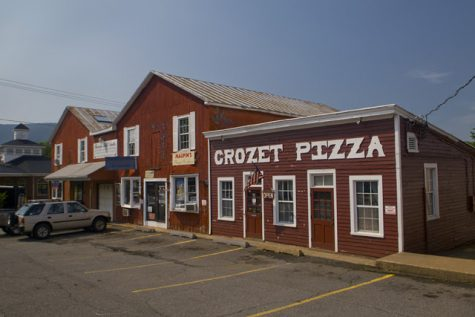 The orgininal Crozet Pizza location opened in 1977 by Bob and Karen Crum.